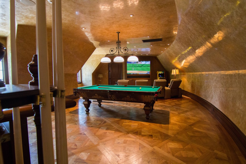 Classic Man Cave Walkthrough : Old school man cave design engineering group